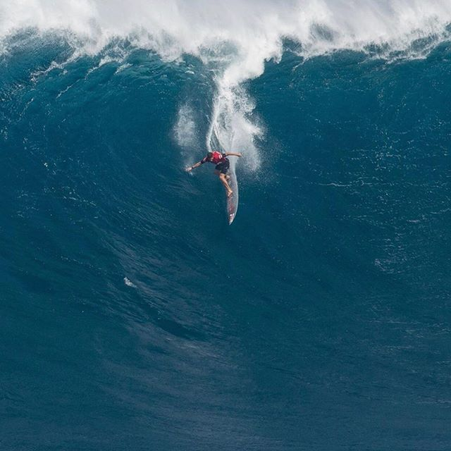 "Nathan Florence – ""Knifing a 9'8″ at Jaws works 50% of the time every time"""